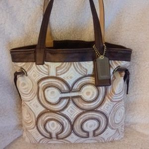 Coach Audrey Signature OP Art Leigh Tote